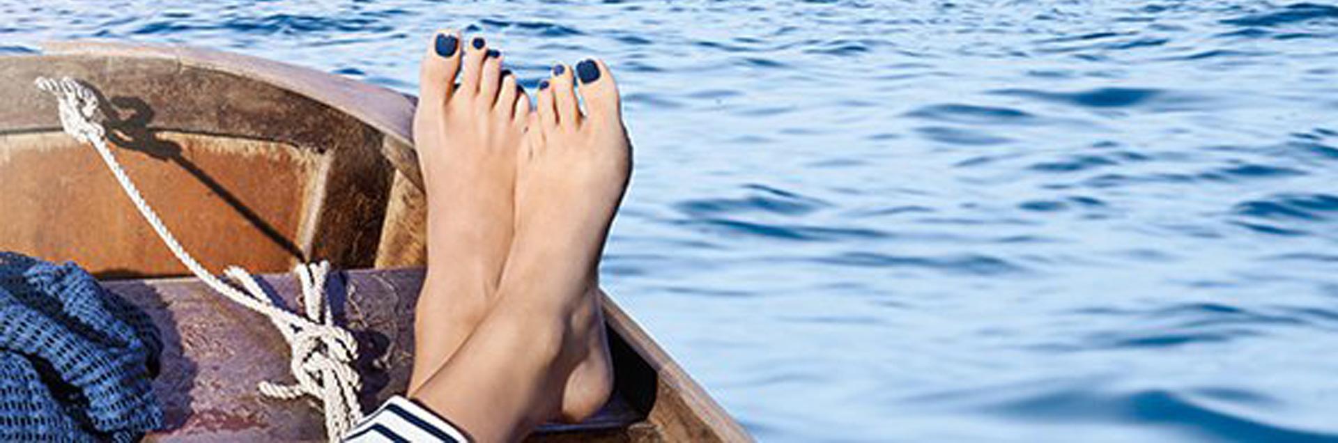 Histoire-d'ongles-la-rochelle-vernis-semi-permanent-ongles-en-gel-pieds